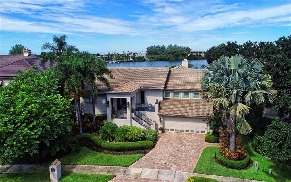 Maison unifamiliale pour l Vente à 3461 Bayou Sound 3461 Bayou Sound Longboat Key, Florida,34228 États-Unis