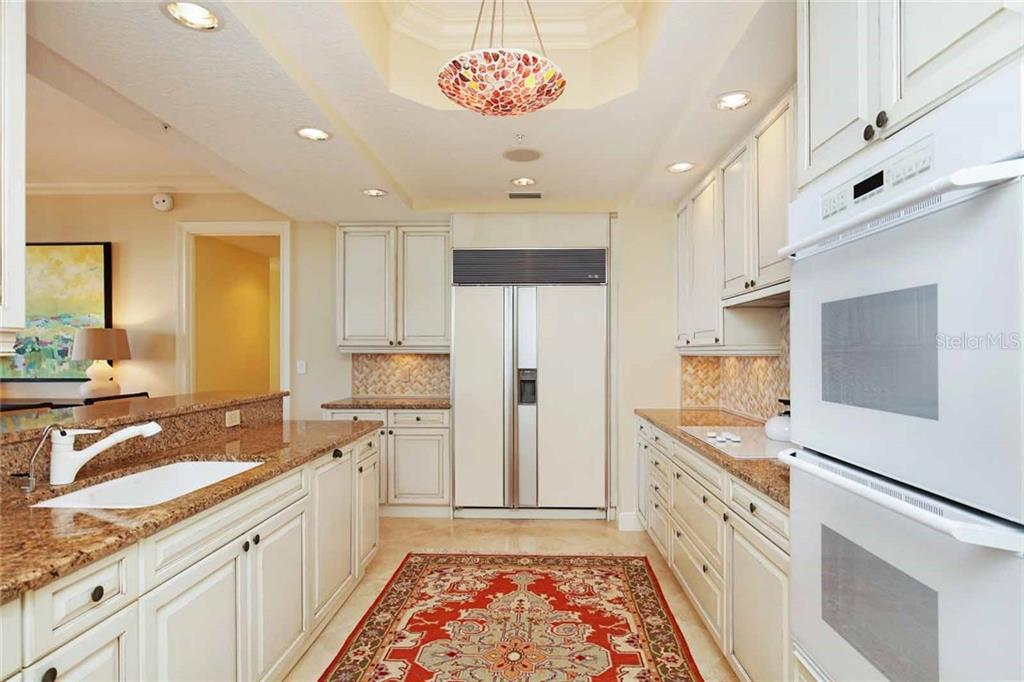 Additional photo for property listing at 35 Watergate Dr #1003 35 Watergate Dr #1003 Sarasota, 플로리다,34236 미국