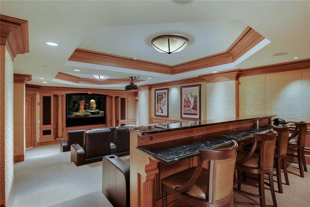 Additional photo for property listing at 35 Watergate Dr #1003 35 Watergate Dr #1003 Sarasota, Florida,34236 États-Unis