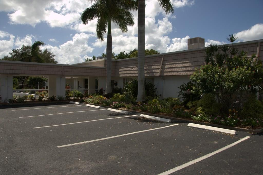 Attractive Club House Villa At 2321 Cbluff Pl V 296 Sarasota. Conway Roofing ...
