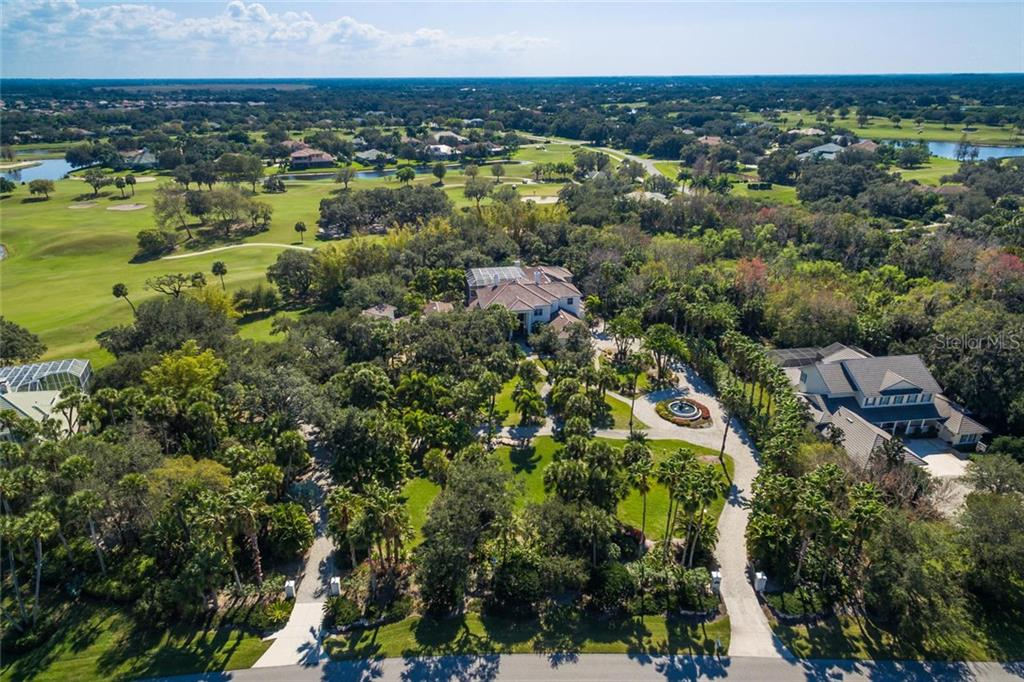 Single Family Home for Sale at 2727 Dick Wilson Dr 2727 Dick Wilson Dr Sarasota, Florida,34240 United States