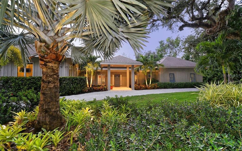 Maison unifamiliale pour l Vente à 5150 Jungle Plum Rd 5150 Jungle Plum Rd Sarasota, Florida,34242 États-Unis