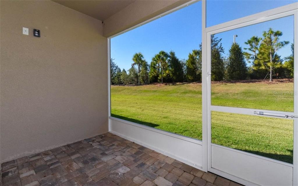 11917 Meadowgate Pl, Bradenton, FL 34211 - MLS A4202360
