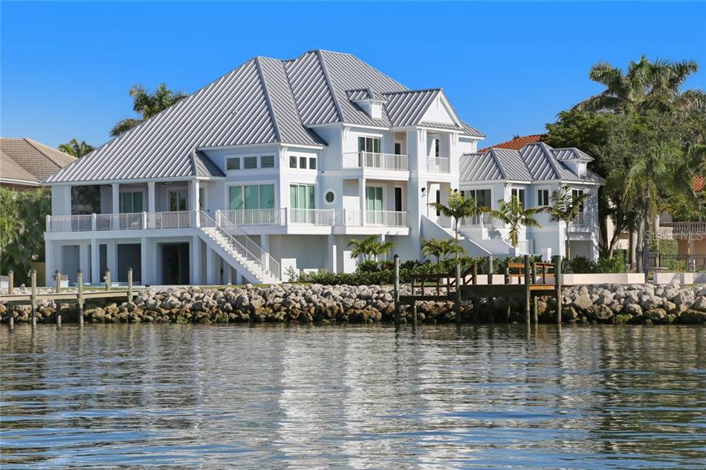 Частный дом для того Продажа на 1001 Tocobaga Ln 1001 Tocobaga Ln Sarasota, Флорида,34236 Соединенные Штаты