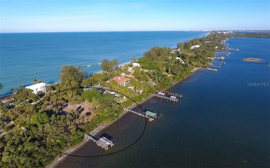 Terra / Lote para Venda às N Casey Key Rd N Casey Key Rd Osprey, Florida,34229 Estados Unidos