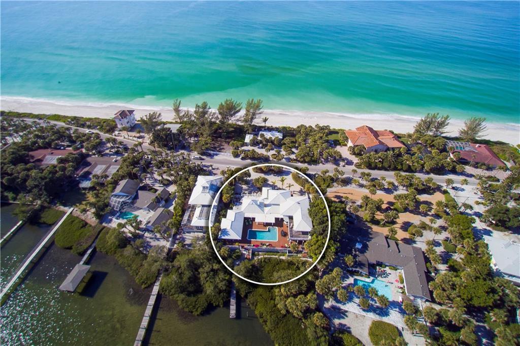 Maison unifamiliale pour l Vente à 3528 Casey Key Rd 3528 Casey Key Rd Nokomis, Florida,34275 États-Unis