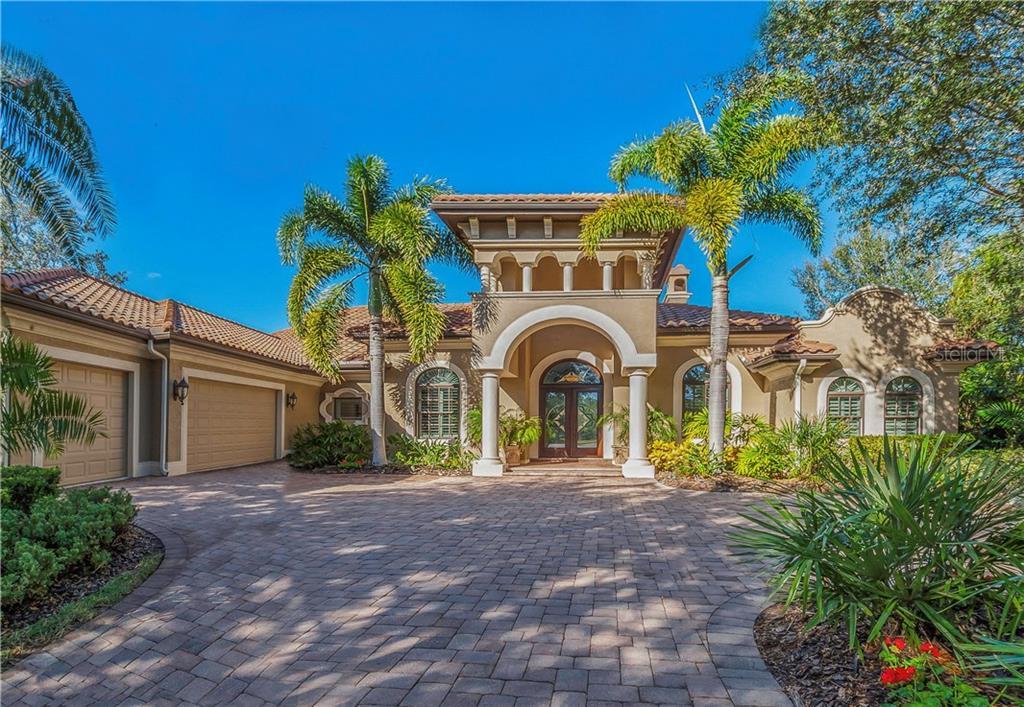 Single Family Home for Sale at 8346 Farington Ct 8346 Farington Ct Bradenton, Florida,34202 United States