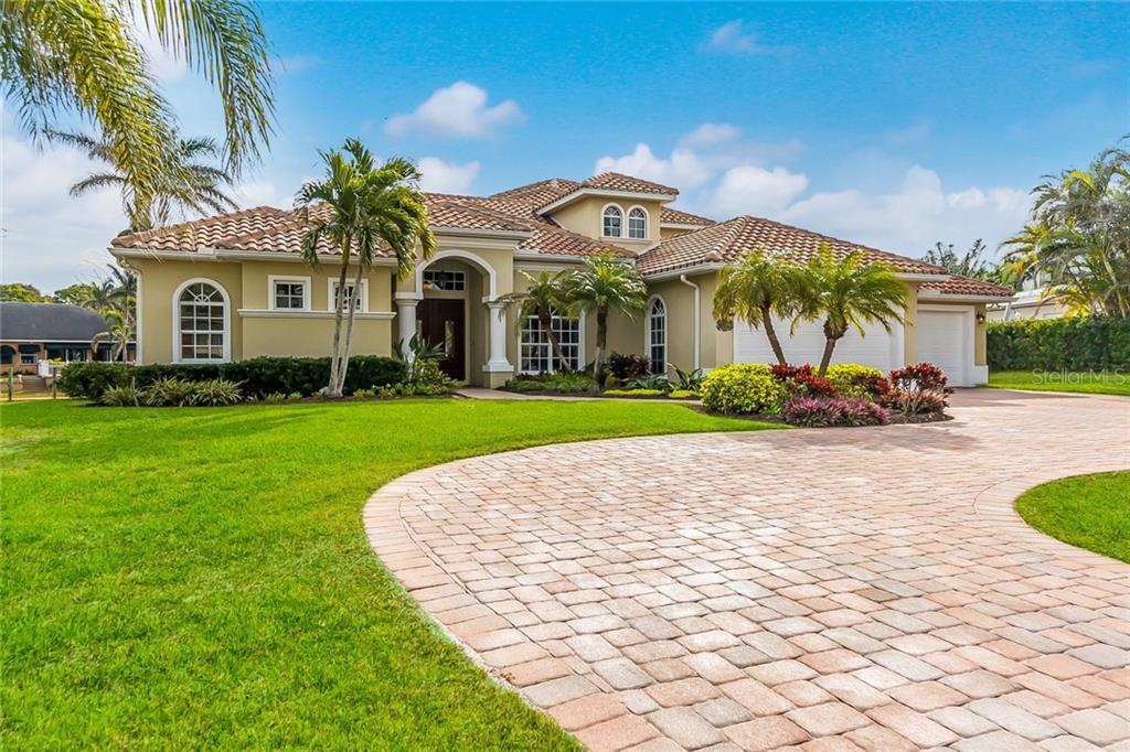 Single Family Home for Sale at 2019 74th St Nw 2019 74th St Nw Bradenton, Florida,34209 United States