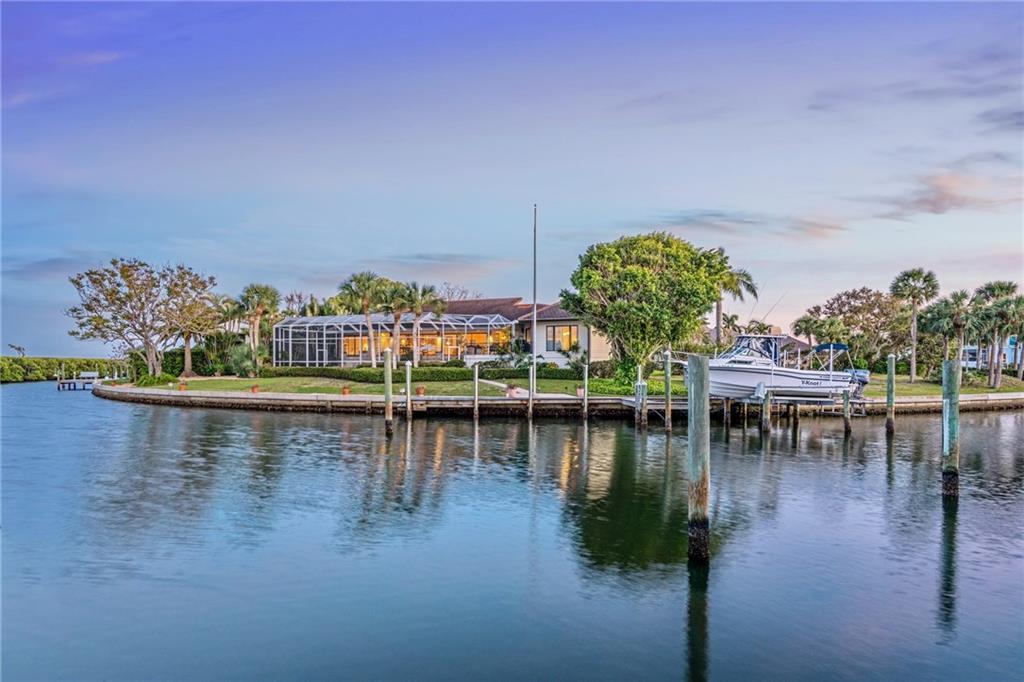 Maison unifamiliale pour l Vente à 1640 Harbor Cay Ln 1640 Harbor Cay Ln Longboat Key, Florida,34228 États-Unis