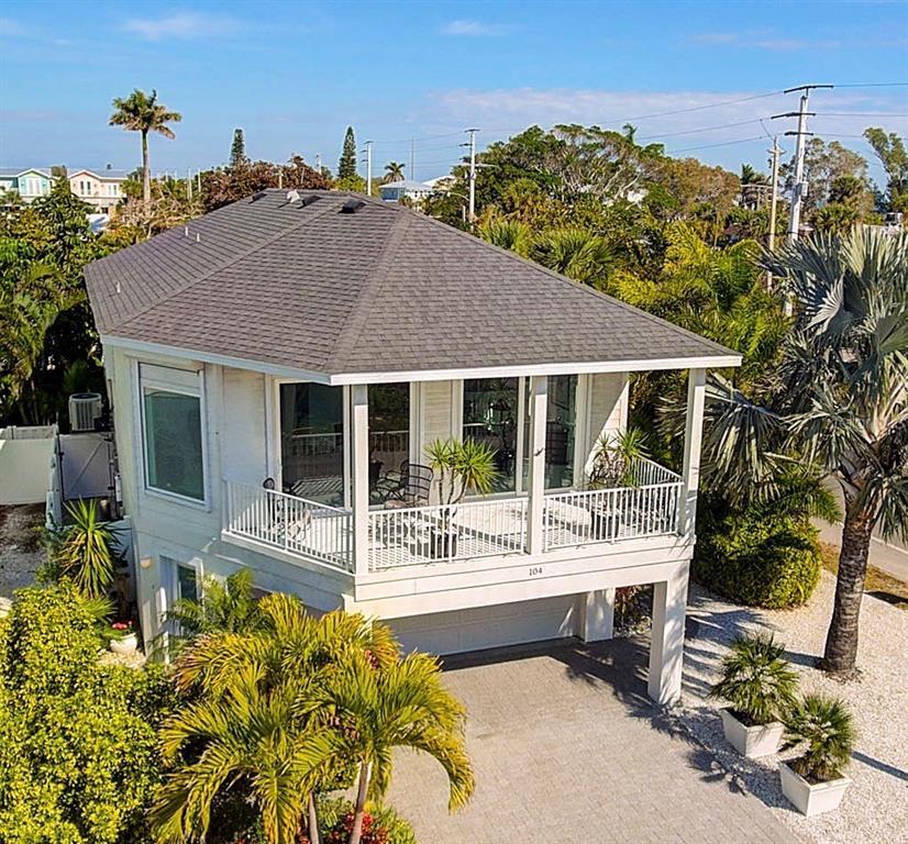 獨棟家庭住宅 為 出售 在 104 43rd St 104 43rd St Holmes Beach, 佛羅里達州,34217 美國