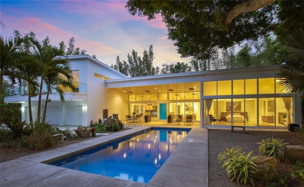 Single Family Home for Sale at 1666 Bahia Vista St 1666 Bahia Vista St Sarasota, Florida,34239 United States