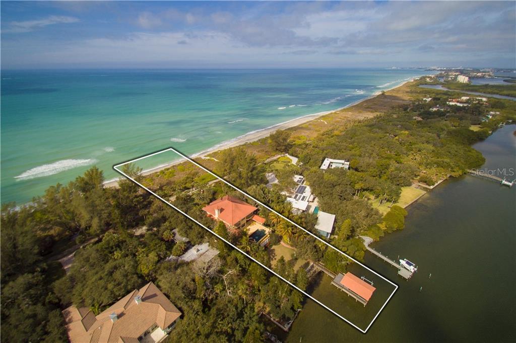 Частный дом для того Продажа на 1232 N Casey Key Rd 1232 N Casey Key Rd Osprey, Флорида,34229 Соединенные Штаты