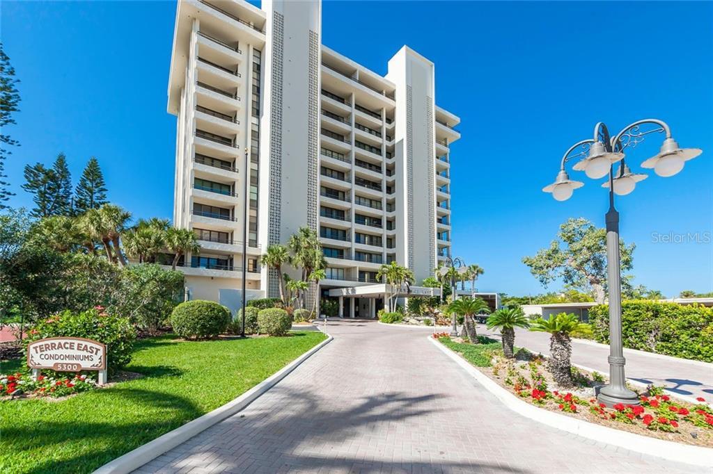 Condomínio para Venda às 5300 Ocean Blvd #504 5300 Ocean Blvd #504 Sarasota, Florida,34242 Estados Unidos