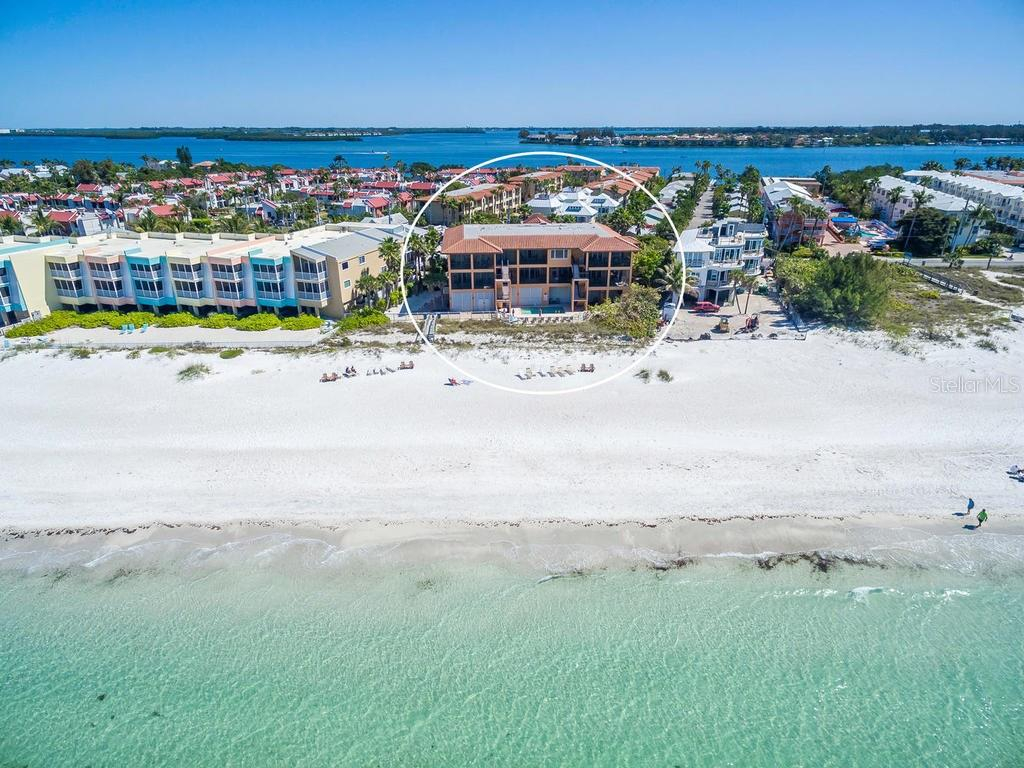 Appartement voor Verkoop een t 1706 Gulf Dr N #c 1706 Gulf Dr N #c Bradenton Beach, Florida,34217 Verenigde Staten