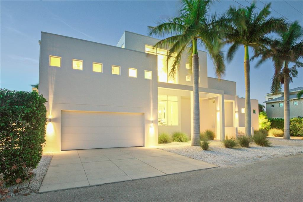 Maison unifamiliale pour l Vente à 687 Jungle Queen Way 687 Jungle Queen Way Longboat Key, Florida,34228 États-Unis