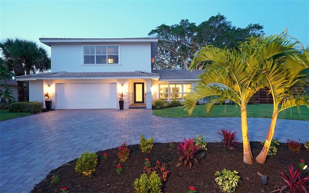 Single Family Home for sale at 813 Idlewild Way, Sarasota, FL 34242 - MLS Number is A4407398