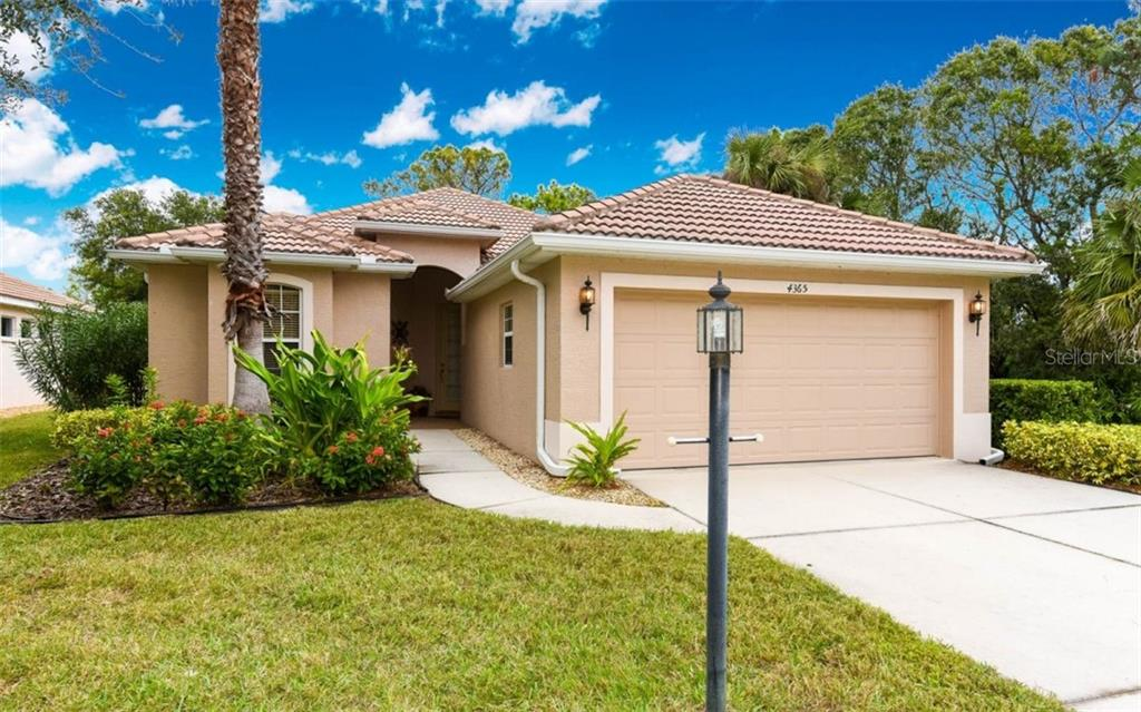 Single Family Home for sale at 4365 Callista Ln, Sarasota, FL 34243 - MLS Number is A4411008