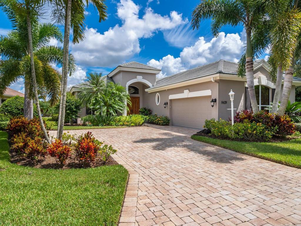 Single Family Home for sale at 8429 Misty Morning Ct, Lakewood Ranch, FL  34202