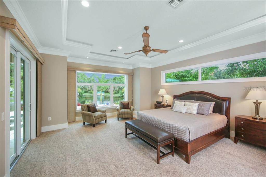 Master Bedroom - Single Family Home for sale at 4847 Primrose Path, Sarasota, FL 34242 - MLS Number is A4415116