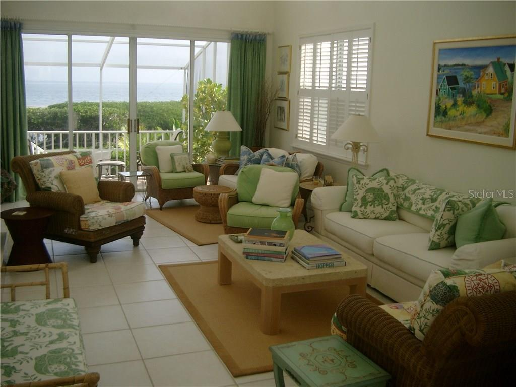 Great room w/Bay Views - Single Family Home for sale at 3452 Mistletoe Ln, Longboat Key, FL 34228 - MLS Number is A4415200