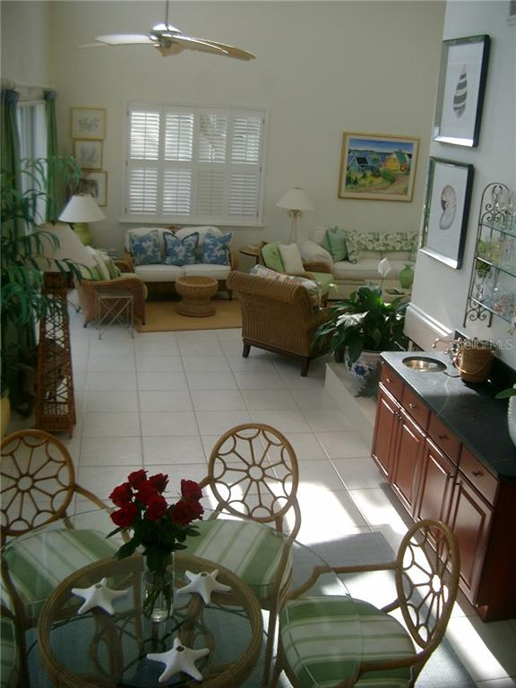 Dining Area, Wet Bar looking towards Living Room - Single Family Home for sale at 3452 Mistletoe Ln, Longboat Key, FL 34228 - MLS Number is A4415200