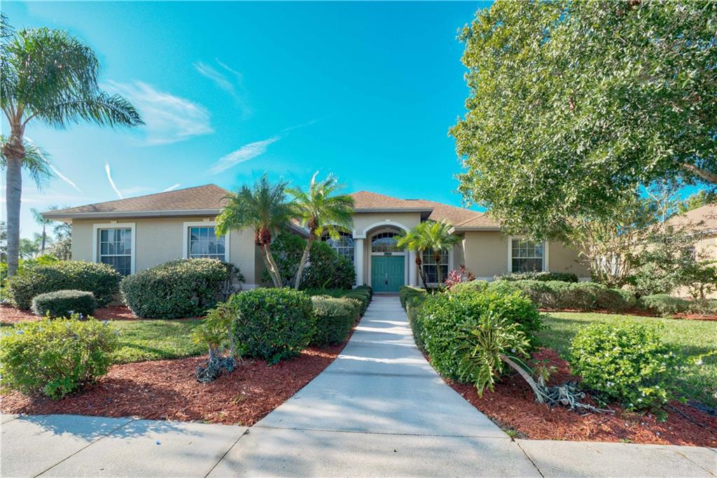 HOA disclosure - Single Family Home for sale at 9922 Laurel Valley Avenue Cir, Bradenton, FL 34202 - MLS Number is A4417602