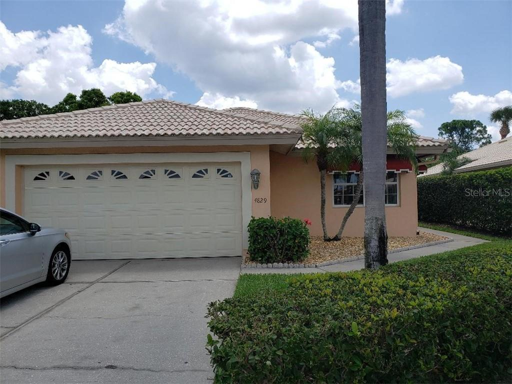 Single Family Home for sale at 4829 Montrose Dr, Bradenton, FL 34210 - MLS Number is A4423058