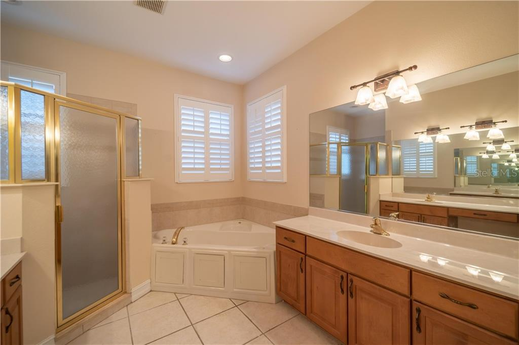 Townhouse for sale at 1518 3rd Street Cir E, Palmetto, FL 34221 - MLS Number is A4424177