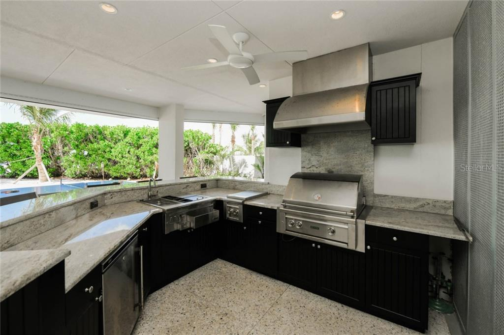 Single Family Home for sale at 150 Givens St, Sarasota, FL 34242 - MLS Number is A4424830