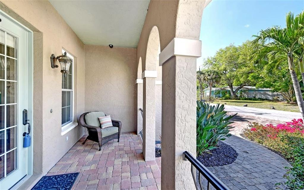 Sellers Property Disclosure - Single Family Home for sale at 864 Highland St, Sarasota, FL 34234 - MLS Number is A4427081