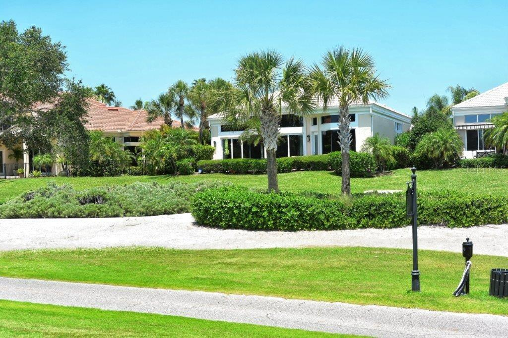 Single Family Home for sale at 3598 Fair Oaks Ln, Longboat Key, FL 34228 - MLS Number is A4428241