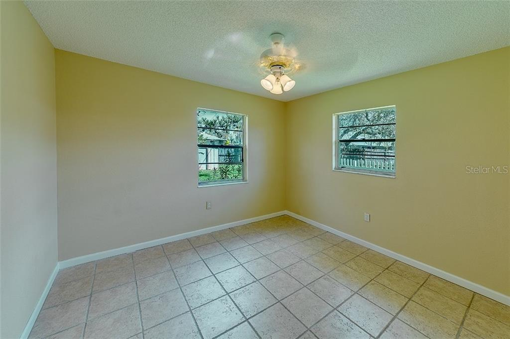 Single Family Home for sale at 6603 Sabina Rd, Sarasota, FL 34243 - MLS Number is A4431399