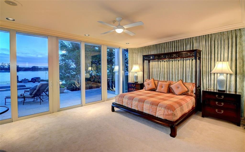 Single Family Home for sale at 1339 Westway Dr, Sarasota, FL 34236 - MLS Number is A4432826