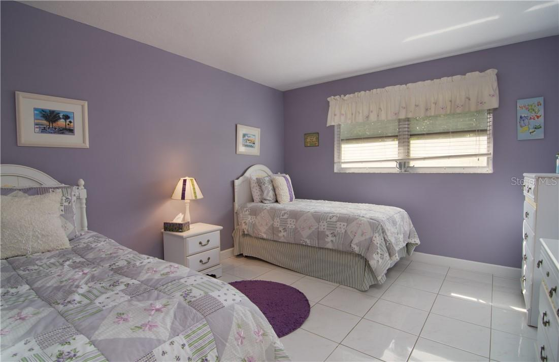 Master Bedroom - Villa for sale at 4820 Gulf Of Mexico Dr, Longboat Key, FL 34228 - MLS Number is A4436854