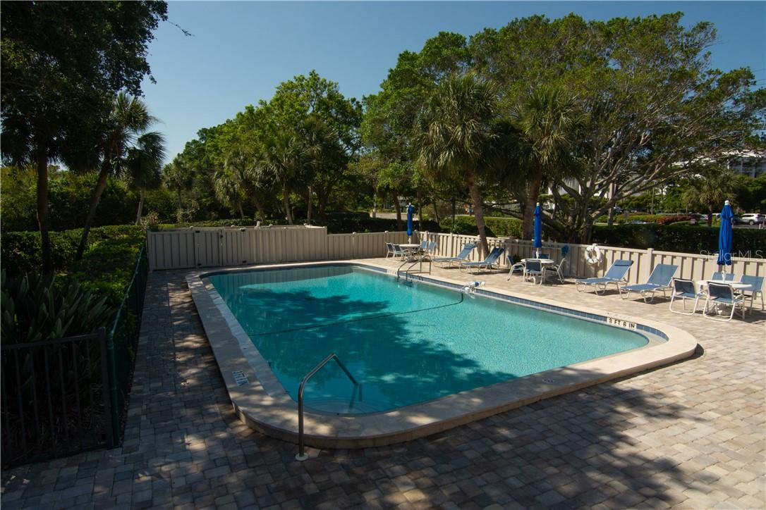 Another Community Pool - Villa for sale at 4820 Gulf Of Mexico Dr, Longboat Key, FL 34228 - MLS Number is A4436854
