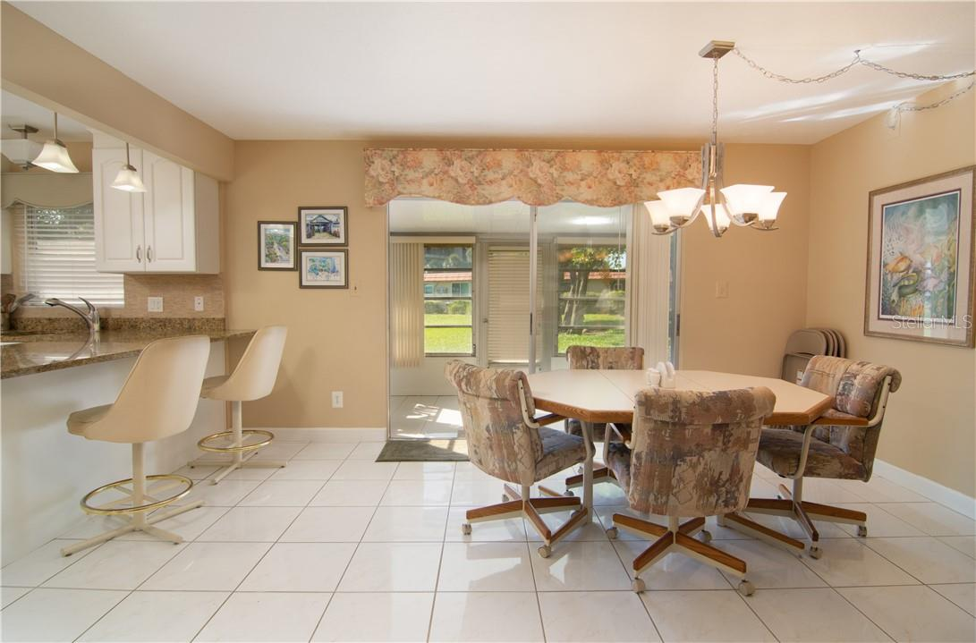 Sitting Area - Villa for sale at 4820 Gulf Of Mexico Dr, Longboat Key, FL 34228 - MLS Number is A4436854