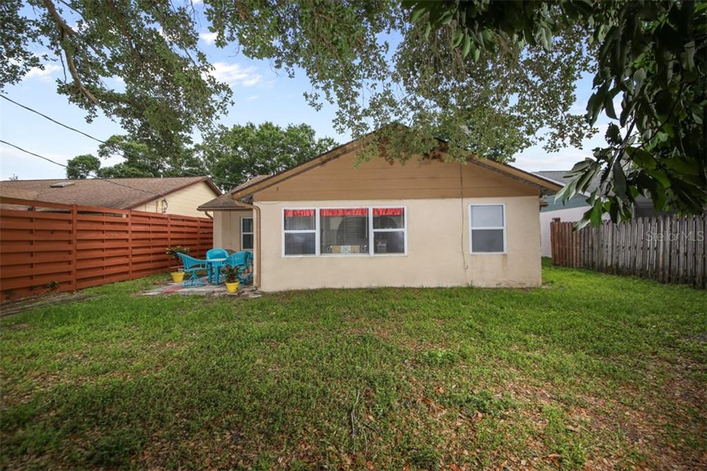 Single Family Home for sale at 3930 Woodrow St, Sarasota, FL 34233 - MLS Number is A4437871