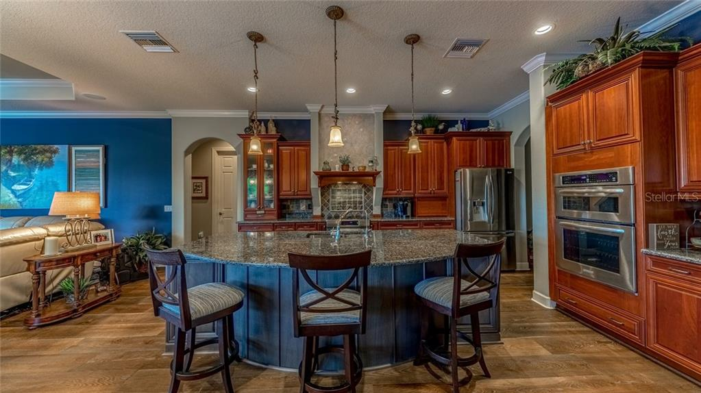 Gourmet Kitchen - Single Family Home for sale at 11728 Rive Isle Run, Parrish, FL 34219 - MLS Number is A4439074