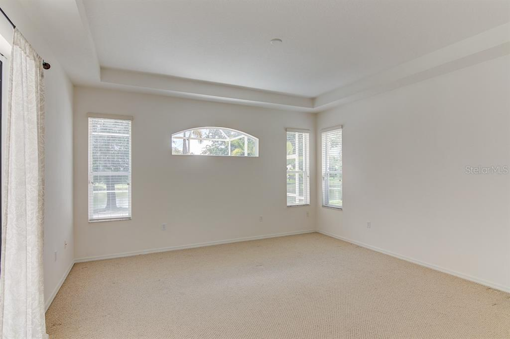 Master Bedroom - Single Family Home for sale at 6562 Field Sparrow Gln, Lakewood Ranch, FL 34202 - MLS Number is A4441603