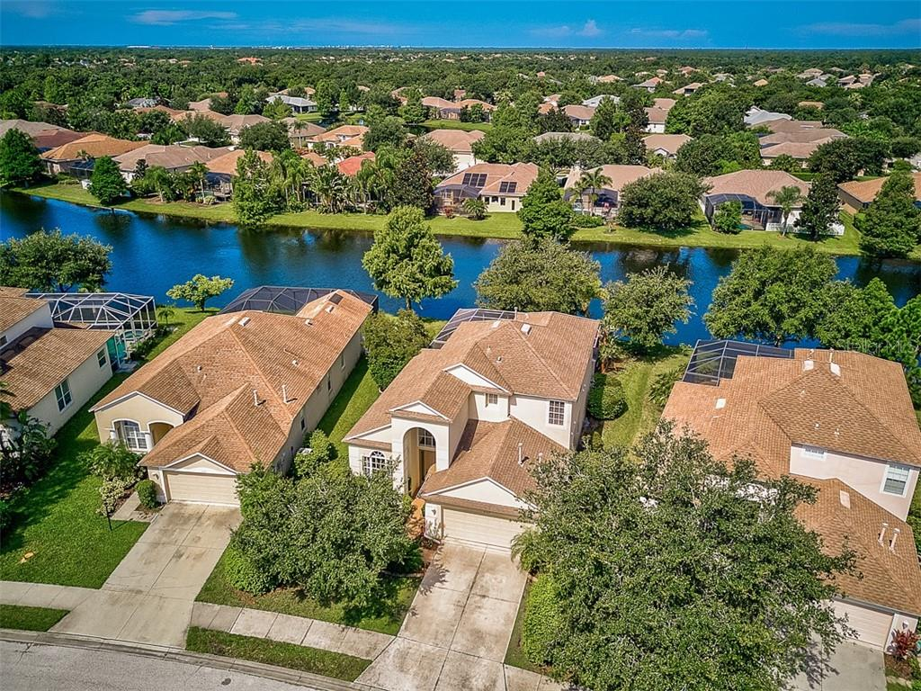 Single Family Home for sale at 6562 Field Sparrow Gln, Lakewood Ranch, FL 34202 - MLS Number is A4441603