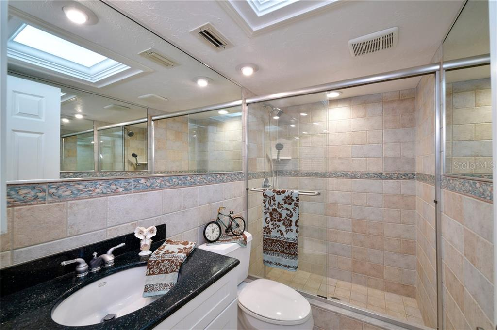 Recently updated second bath is all nicely coordinated and freshly painted too .. - Condo for sale at 4706 Independence Dr, Bradenton, FL 34210 - MLS Number is A4443759