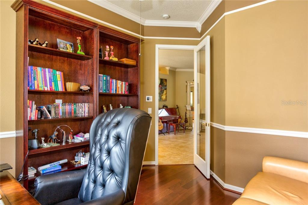 Secluded Oaks Documents - Single Family Home for sale at 4920 Luster Leaf Ln, Sarasota, FL 34241 - MLS Number is A4444896