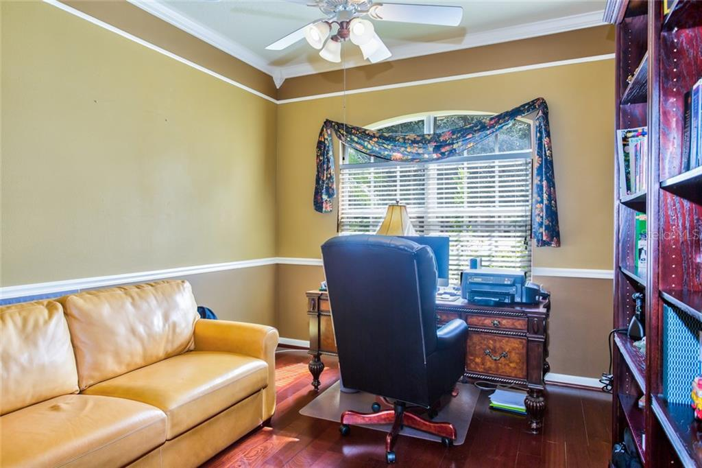 Feature Sheet - Single Family Home for sale at 4920 Luster Leaf Ln, Sarasota, FL 34241 - MLS Number is A4444896
