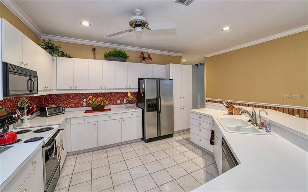 Kitchen Open plan - Single Family Home for sale at 2316 Nw 85th St Nw, Bradenton, FL 34209 - MLS Number is A4445702