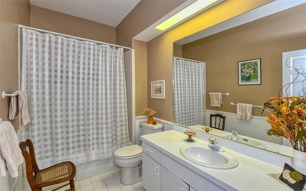 Guest Bath - Single Family Home for sale at 2316 Nw 85th St Nw, Bradenton, FL 34209 - MLS Number is A4445702