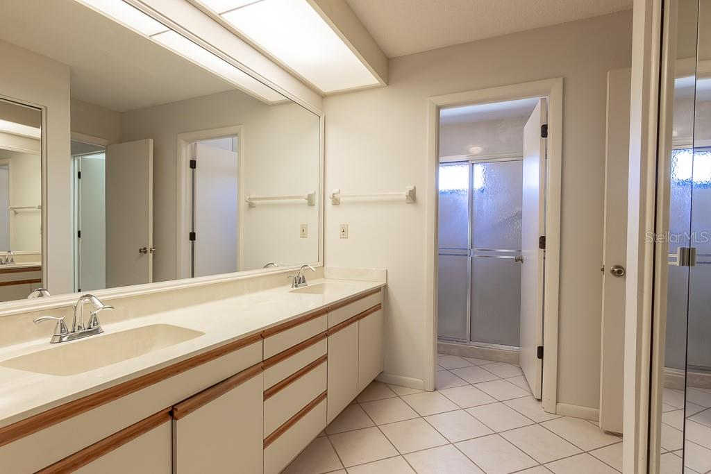 Master Bath - Condo for sale at 5322 Huntingwood Ct #35, Sarasota, FL 34235 - MLS Number is A4446793