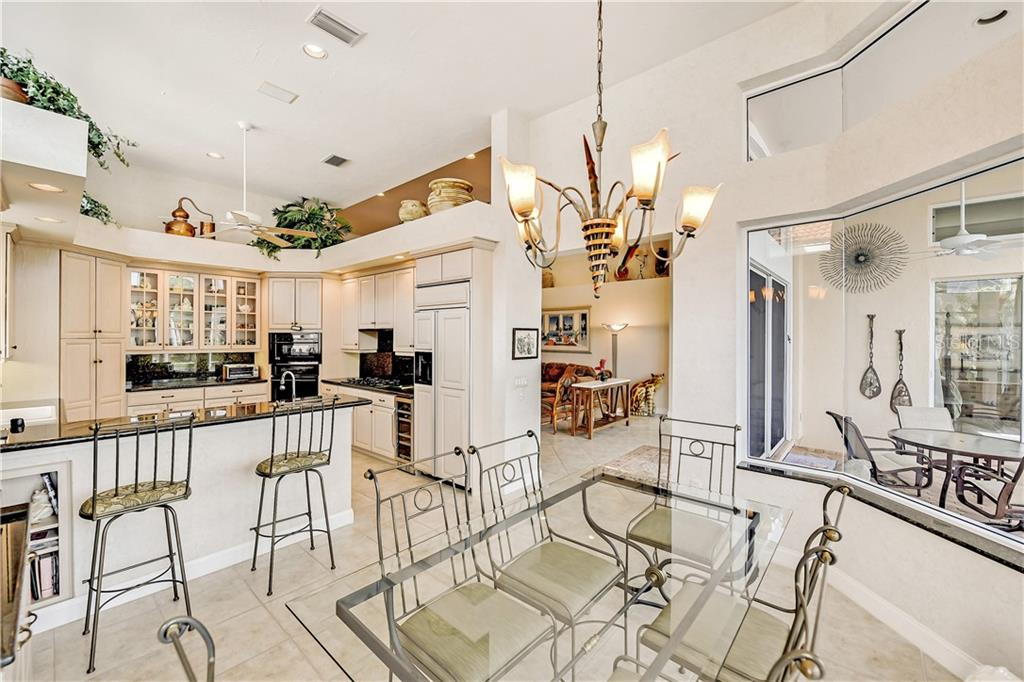 Single Family Home for sale at 3635 Fair Oaks Pl, Longboat Key, FL 34228 - MLS Number is A4447015