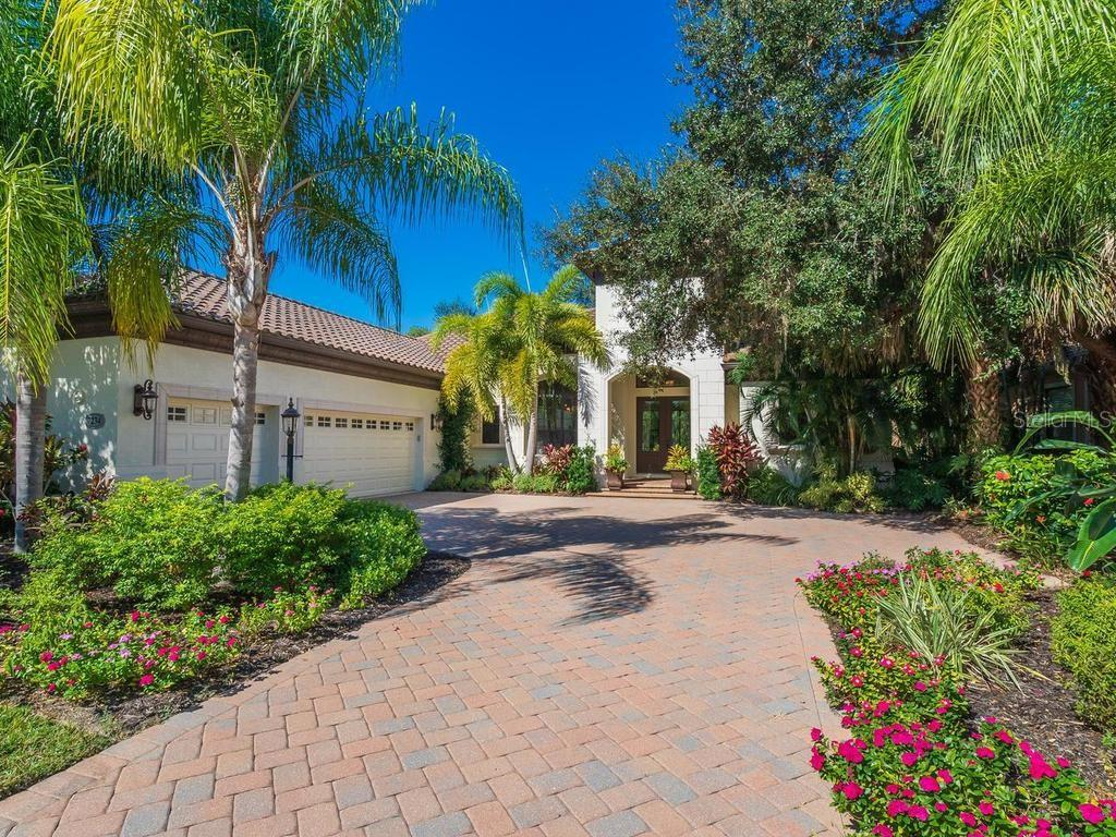 CDD - Single Family Home for sale at 7234 Greystone St, Lakewood Ranch, FL 34202 - MLS Number is A4447151