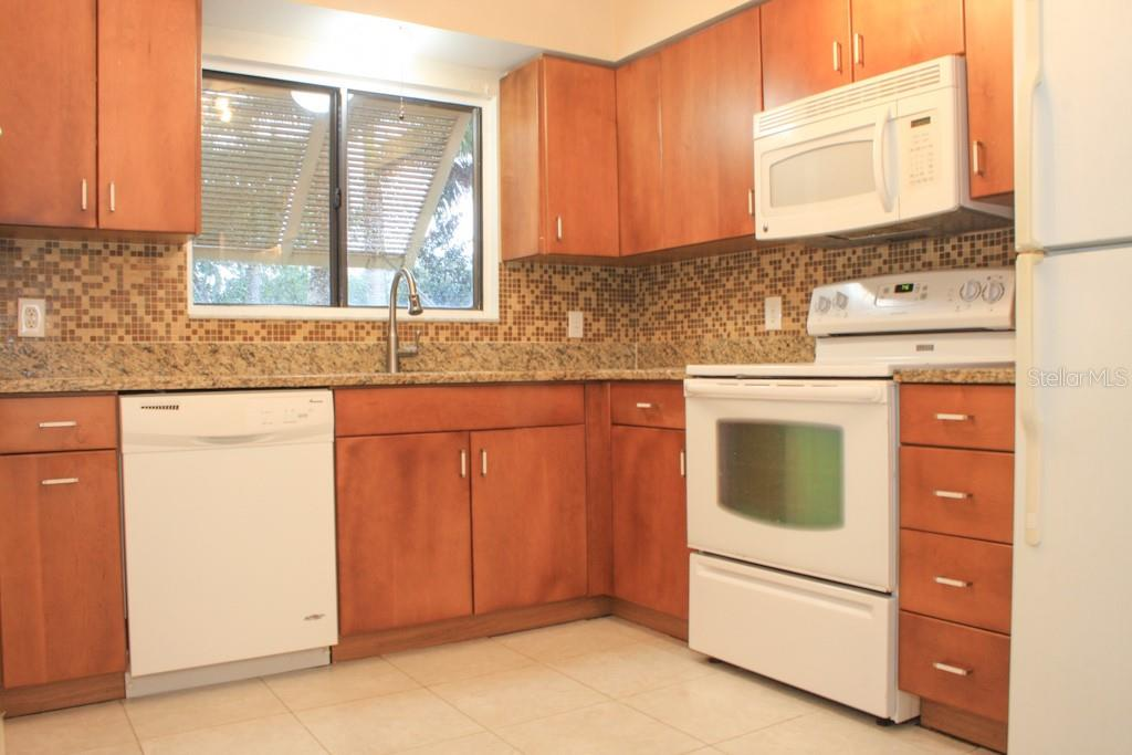 Beautiful Kitchen - Condo for sale at 5131 Willow Links #10, Sarasota, FL 34235 - MLS Number is A4447477