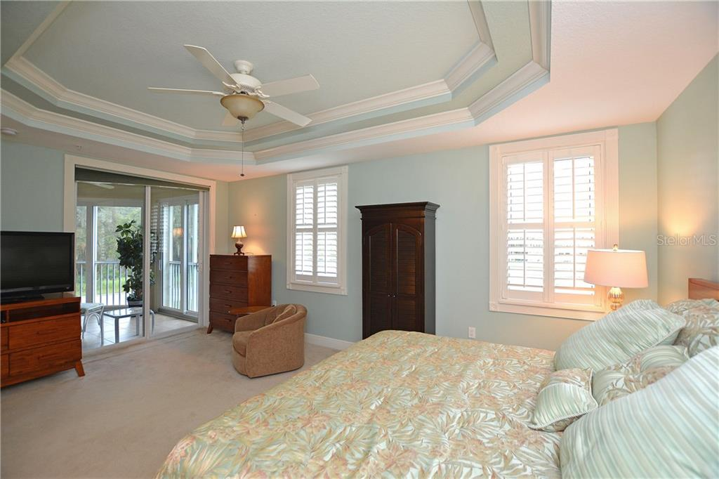 Master Bedroom - Condo for sale at 5304 Manorwood Dr #2b, Sarasota, FL 34235 - MLS Number is A4448585